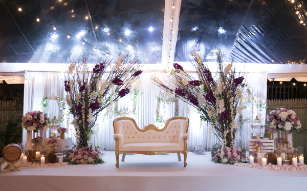 2018 wedding design trends bibi magazine 2018 is going to be all about drama and florals with a modern twist ultra violet and shades of violet are definitely going to be the dominating color junglespirit Images
