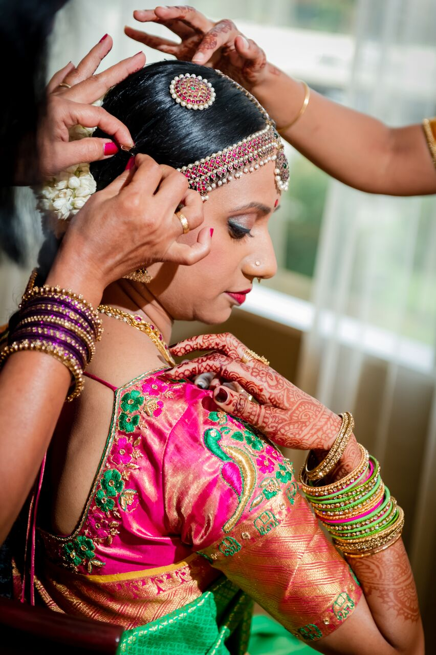 South Indian Wedding From Power Outage To Peachy Reception Bibi